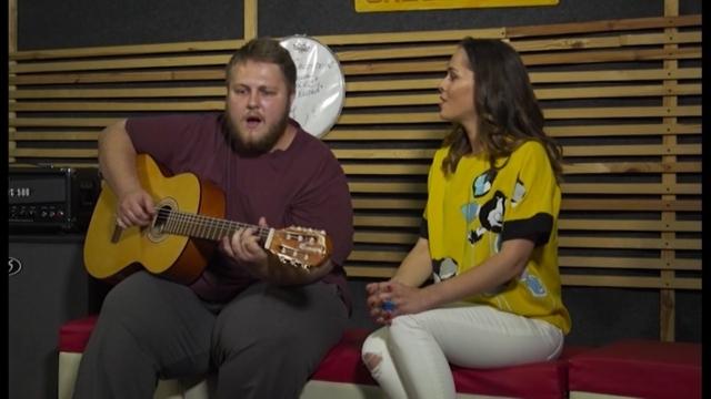 Саша и Юля Санина