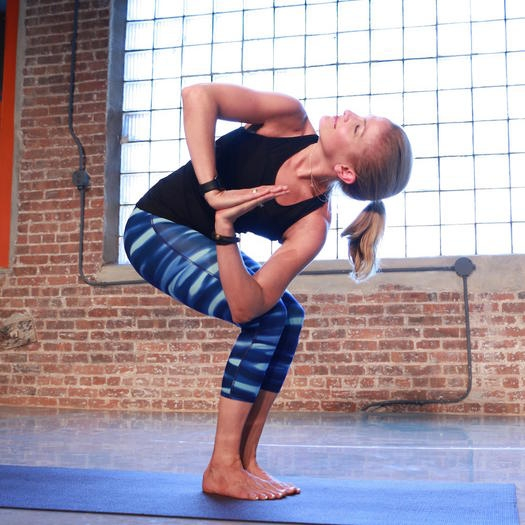 утренняя йога комплекс упражнений