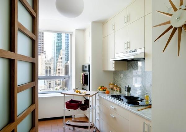 белый интерьер в кухне