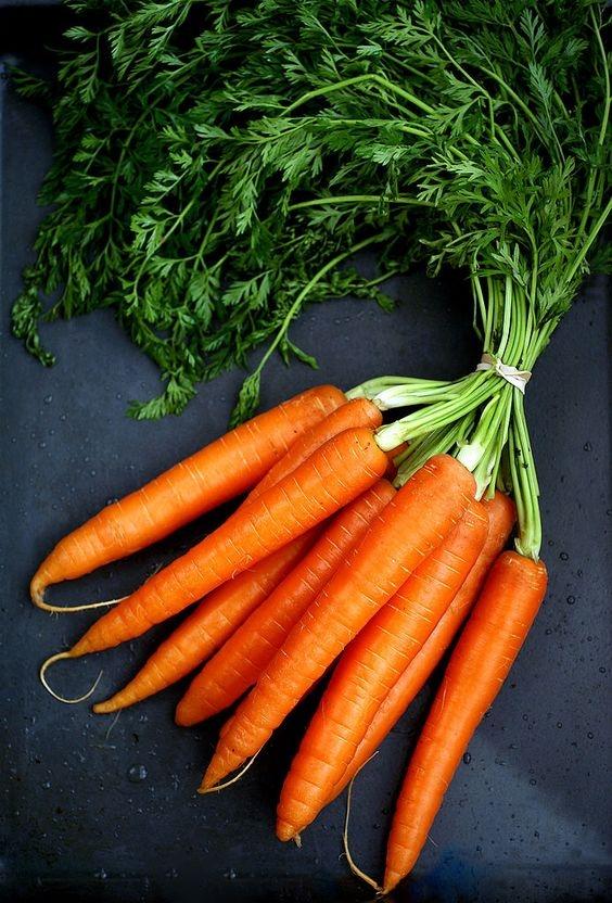 Морковь для заморозки важно нарезать ломтиками одного размера
