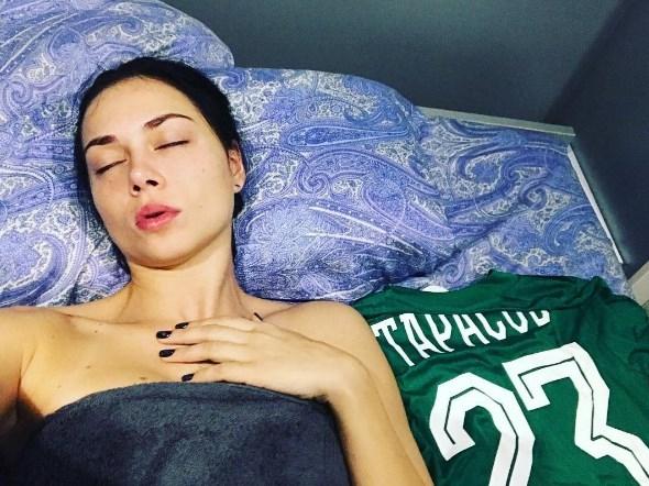 Дмитрий Тарасов вместе сНастасьей Самбурской посмеялся над Бузовой