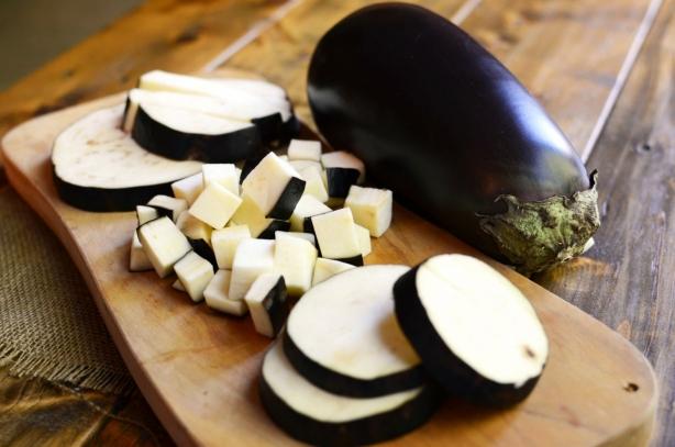 Вкусный салат из баклажанов на зиму