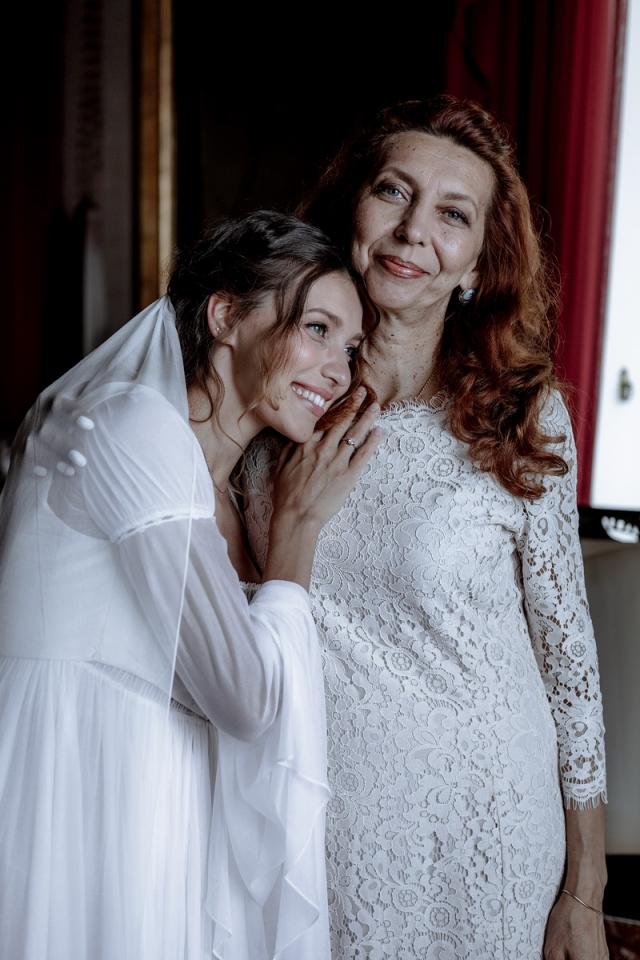 тодоренко на свадьбе с мамой