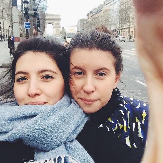 Арина и Соня Меладзе