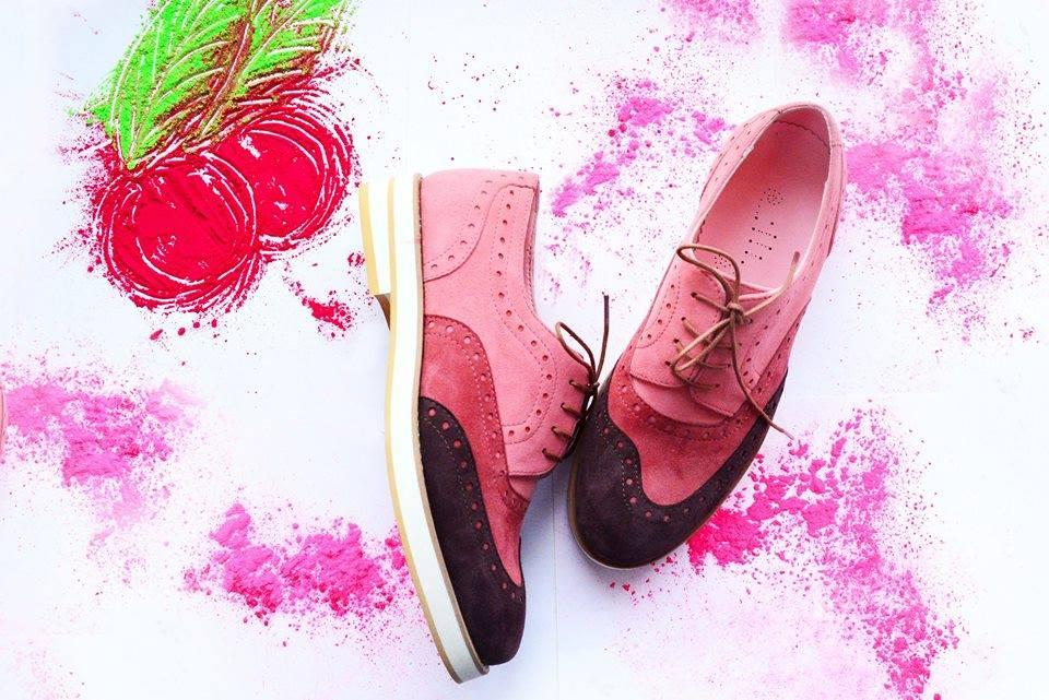 Где одеться в Украине: обувь на маркете ВСІ.СВОЇ