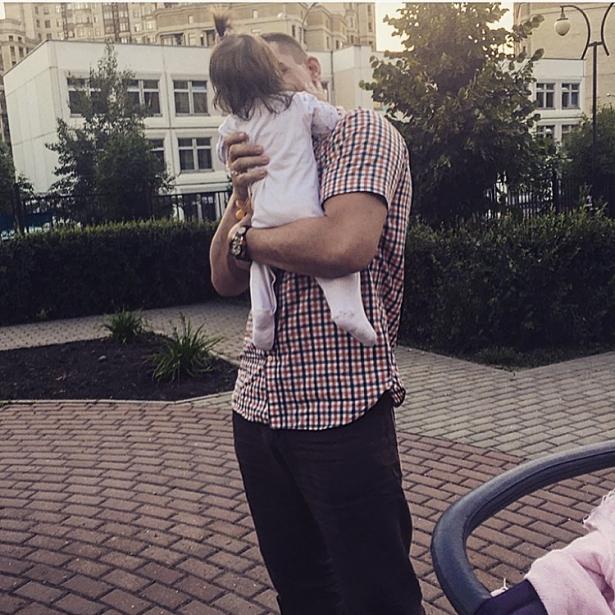 омаров с дочкой бородиной