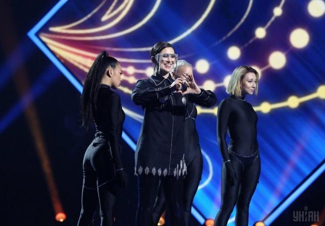 Известная украинская певица MARUV