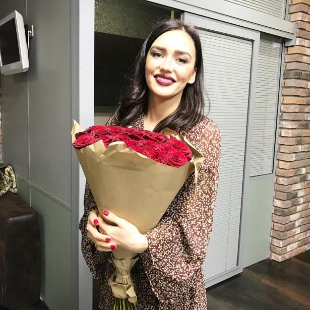 Ольга Серябкина исполнила откровенный танец наконцерте Serebro