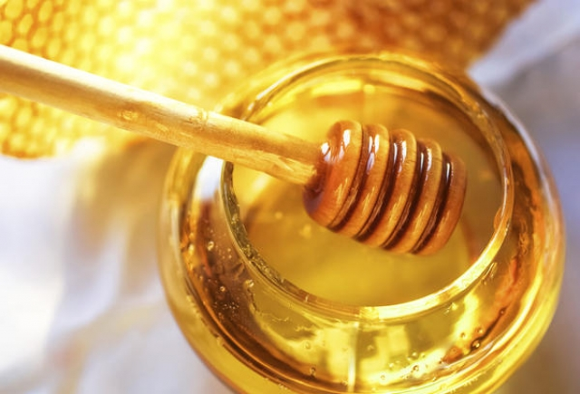 маска от выпадения волос с медом