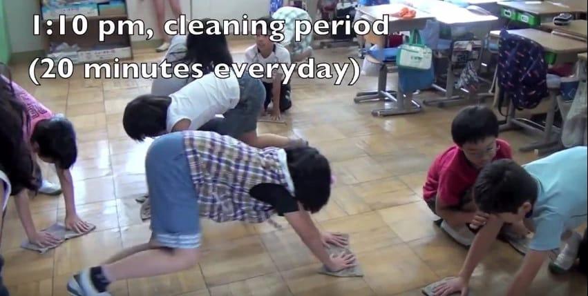 уборка в японской школе
