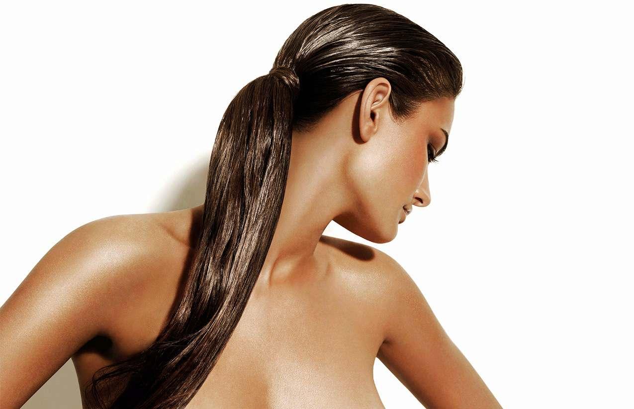 """Женская стрижка, лечение волос в студии красоты """"Refresh"""" от 21 руб."""