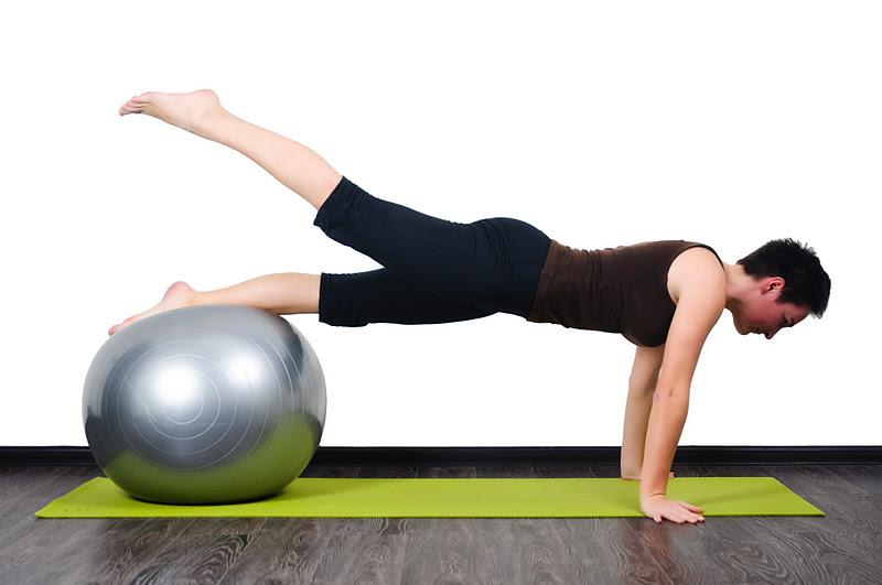 упражнения на фитболе для фитнеса