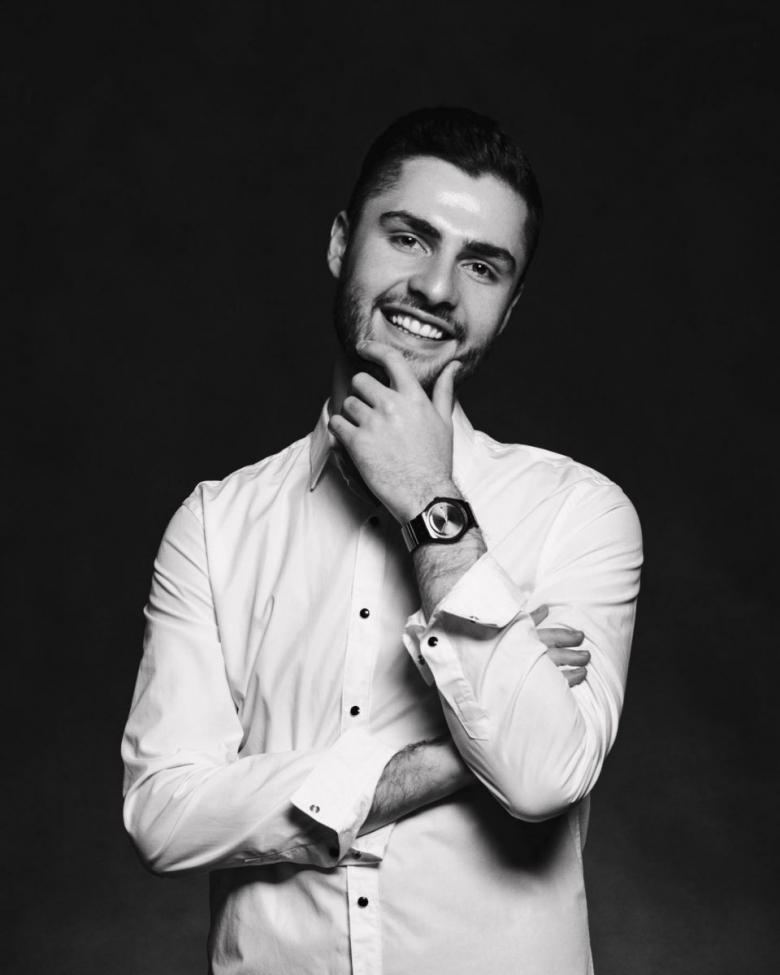Есть такая профессия — «пиарщик»: Ладик Костандян о том, мальчик без высшего образования стал fashion-инсайдером