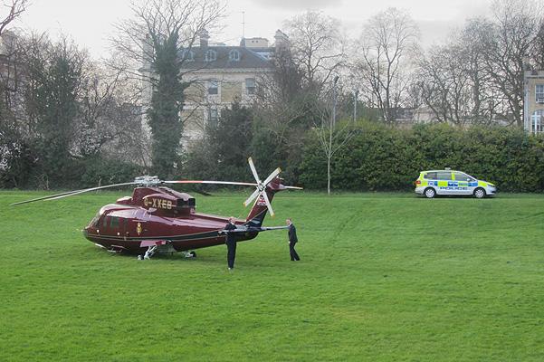 Кейт Миддлтон на вертолете