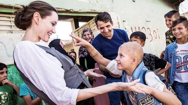 джоли в ираке фото