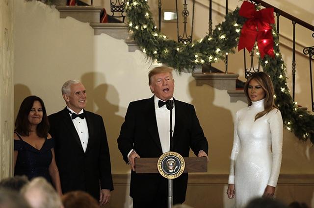 мелания трамп в белом платье