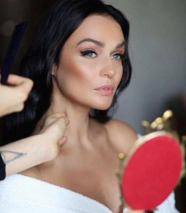 Вглобальной web-сети появились первые фотографии с роскошной свадьбы Алены Водонаевой