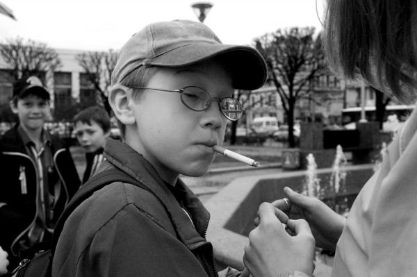 сын курит что делать