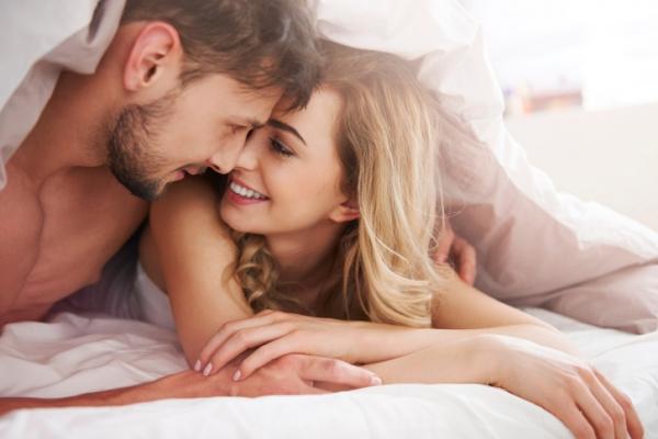 Как понять, что твой мужчина симулирует оргазм?