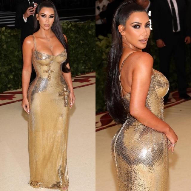 ким кардашьян в платье от Versace
