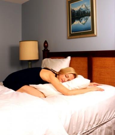йога на кровати