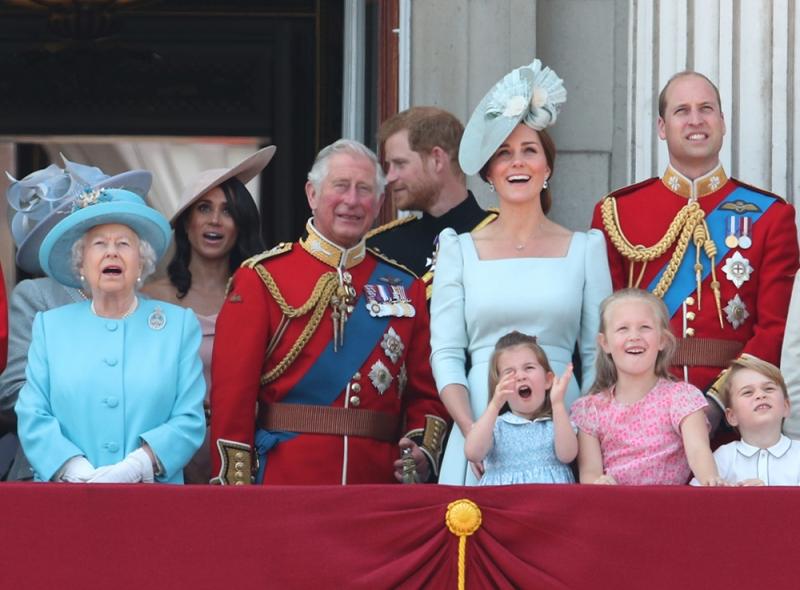 традиции королевской семьи
