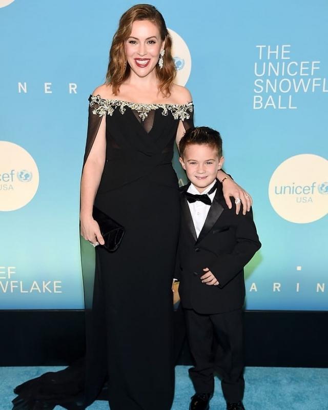 Алиса Милано с сыном
