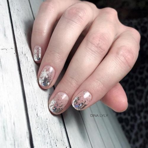 Блестки для ногтей разного размера