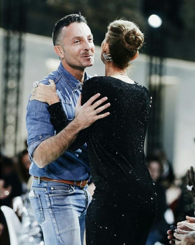 Селин Дион на Неделе моды в Париже: Селин Дион удивила ... скарлетт йоханссон инстаграм