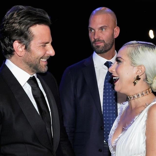 Леди Гага Брэдли Купер Shallow: смотреть онлайн видео ... блейк лайвли оскар 2019