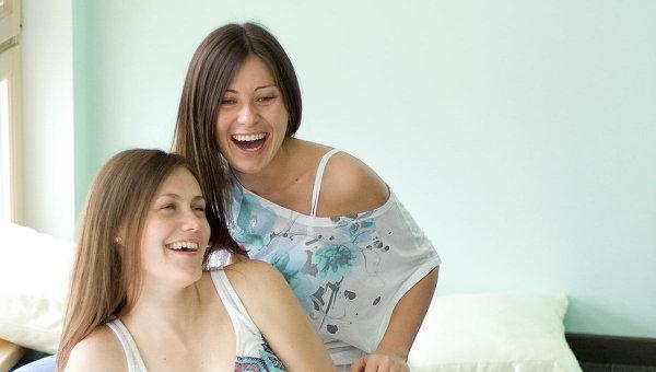 женский смех фото