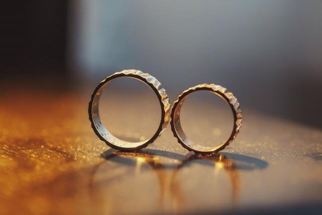 когда выходить замуж