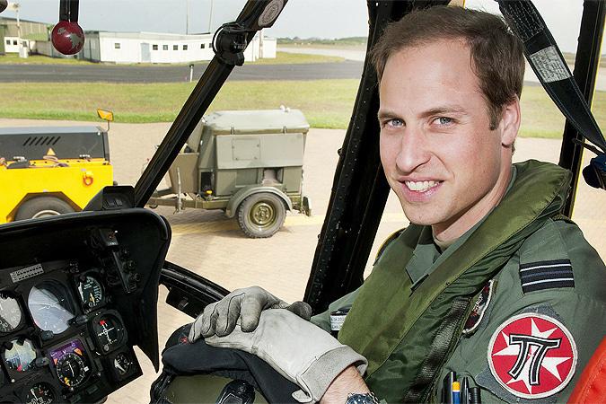 принц Уильям на вертолете