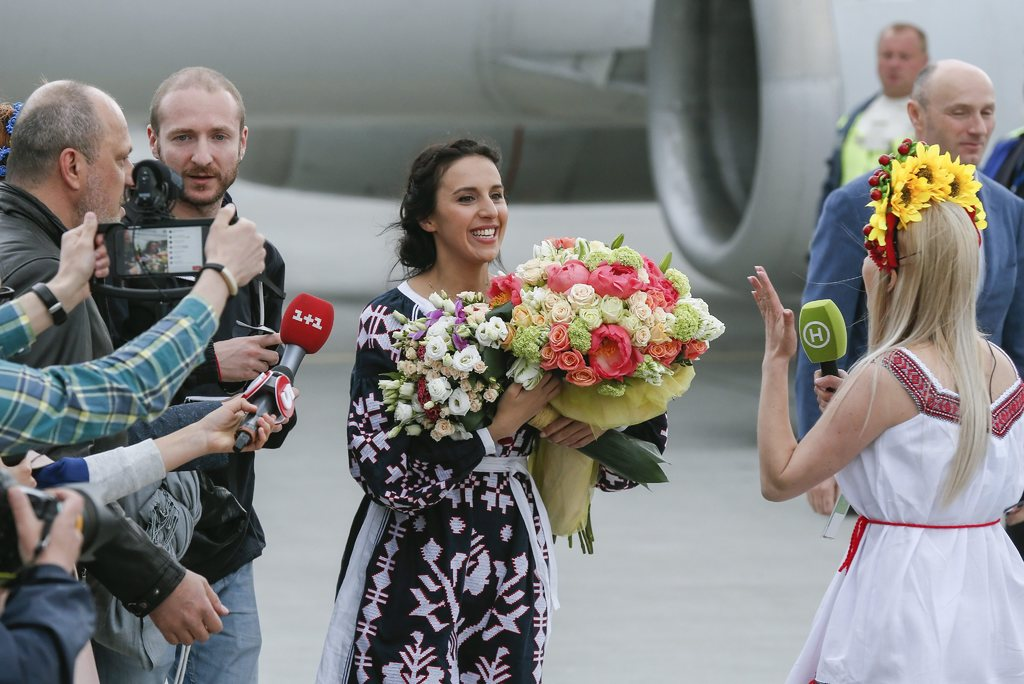 Джамала возвращается в Украину фото