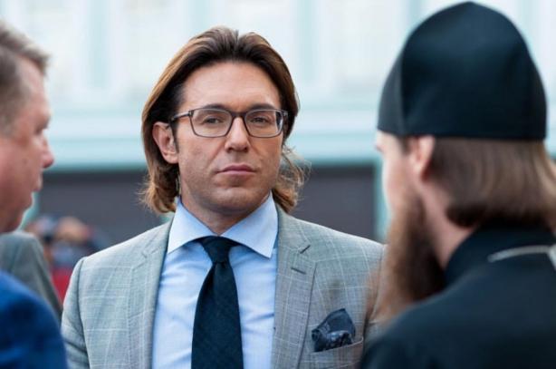 Блогеры умоляют Андрея Малахова неуходить сПервого канала