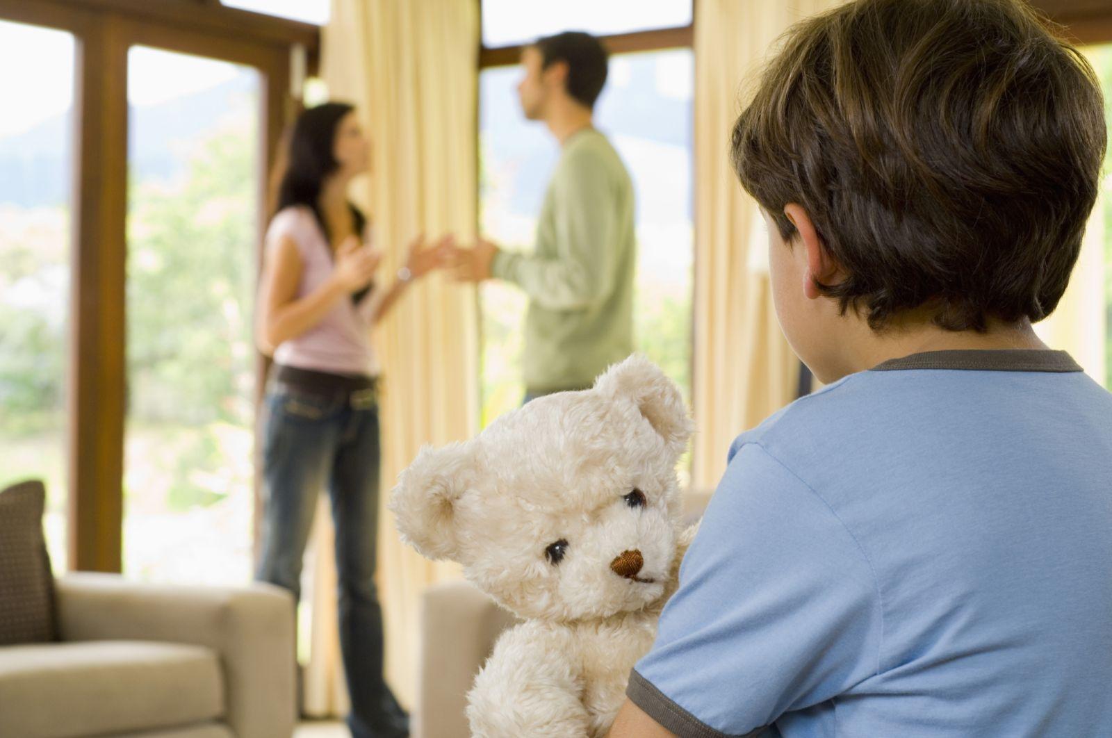 Как рассказать ребенку о разводе
