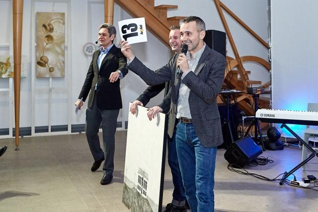 Сергей Жадан стал инициаторам благотворительного аукциона