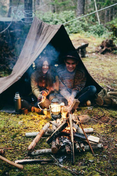 Отдых вдвоем на природе в лесу видео