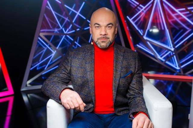 Виктор Комаренко
