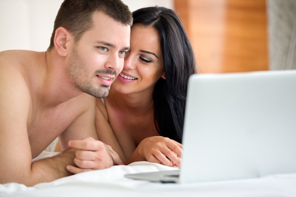 Порно муж смотрит порно фото 297-952
