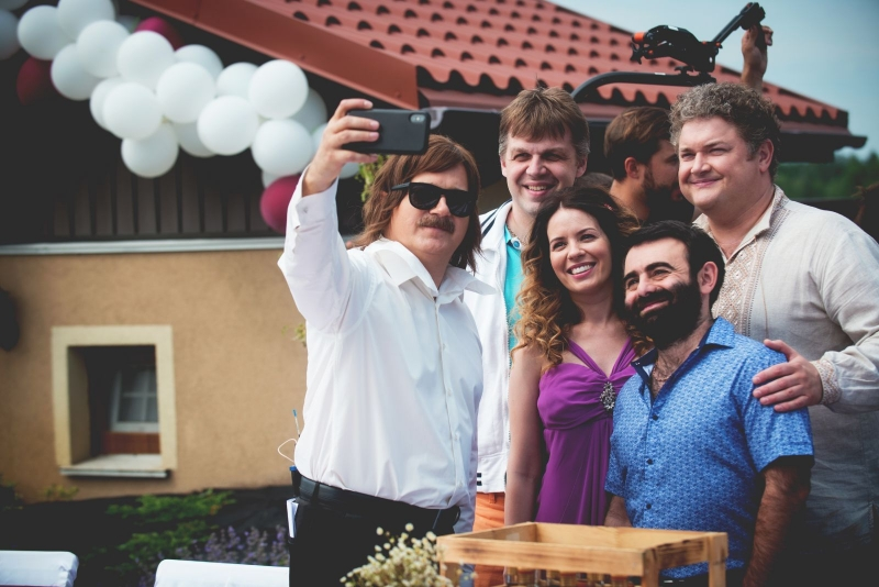 скажене весілля фото со съемок