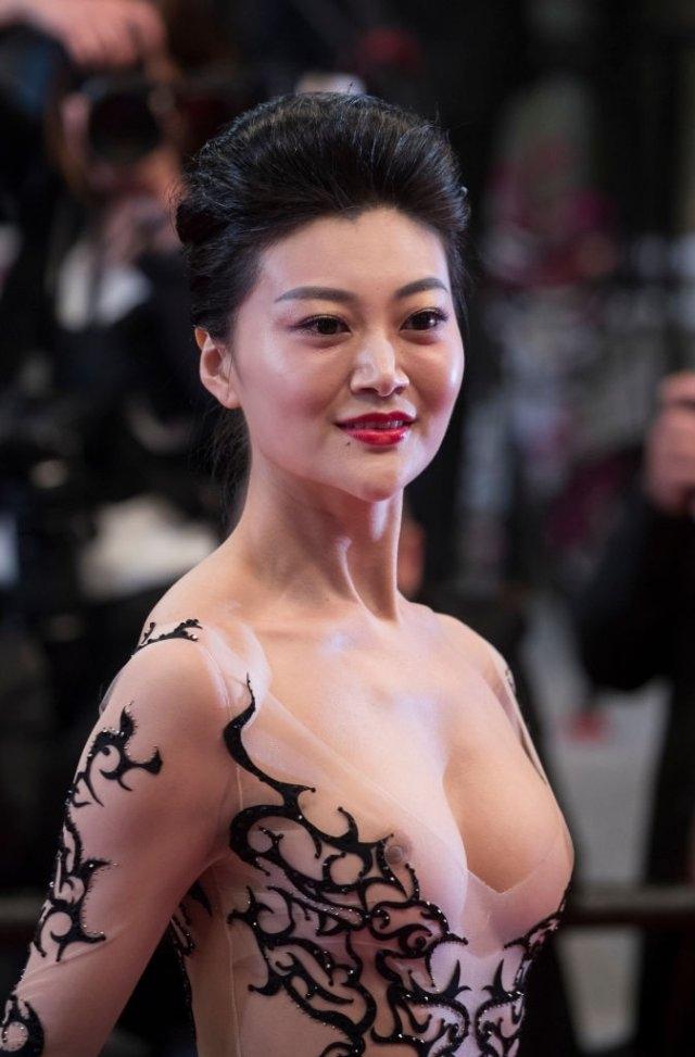 голое платье Каннского кинофестиваля