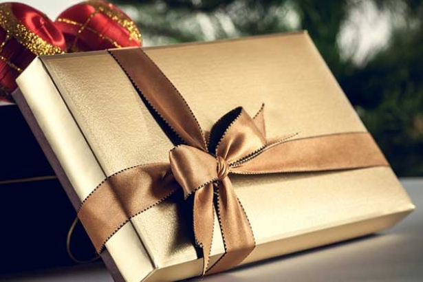 Подарить мужчине книгу на Новый год 2018