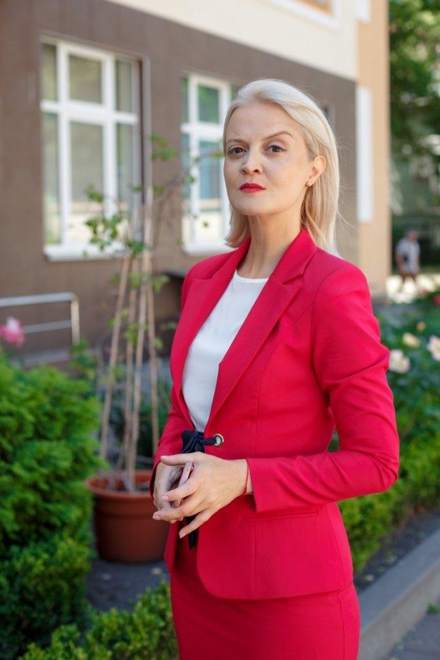 Алена Курта