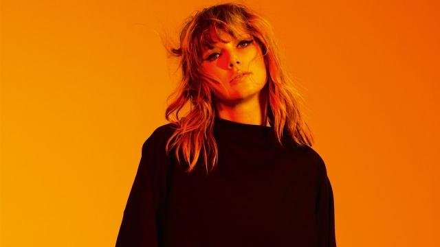 Альбом Reputation Тейлор Свифт установил новый рекорд продаж
