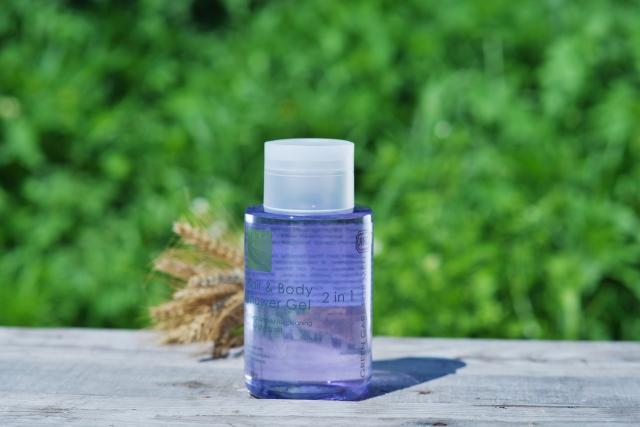 Гель-шампунь 2 в 1 для волос и тела, Green care for Men, Яка