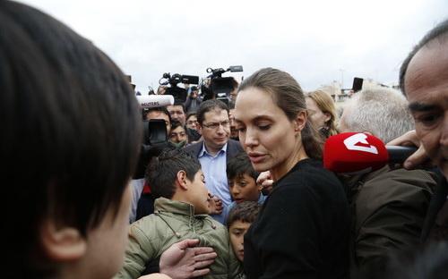 Джоли худая 2016