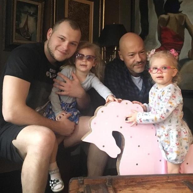 федор бондарчук с сыном и внуками