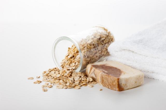 Как сделать скраб для лица в домашних условиях: овсяный, кофейный и глиняный - Красота