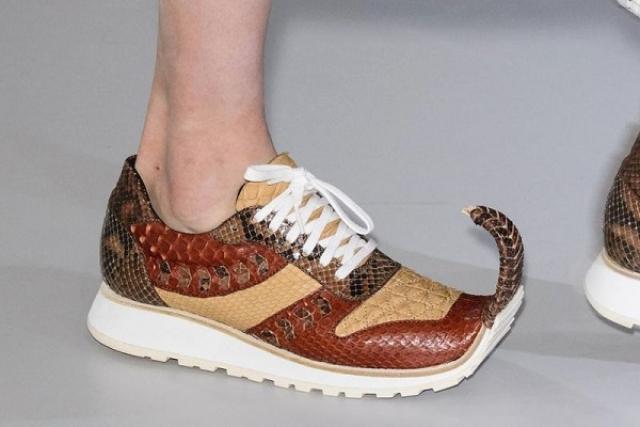 остроносые кросовки